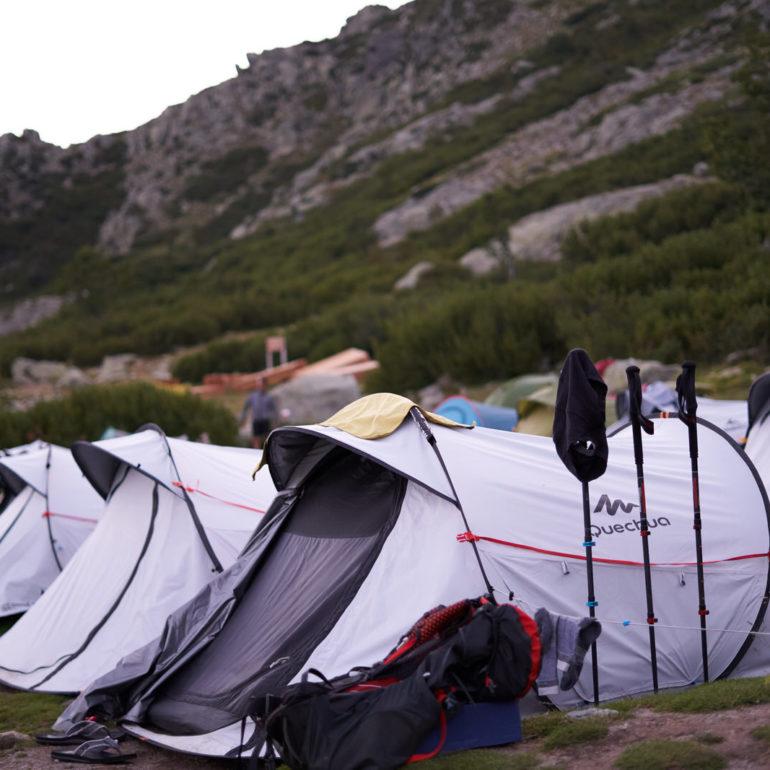 campement-gr20-tentes
