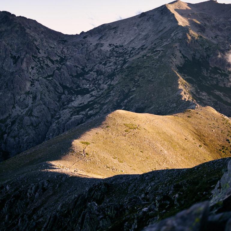 cretes-montagne-gr20-chemin